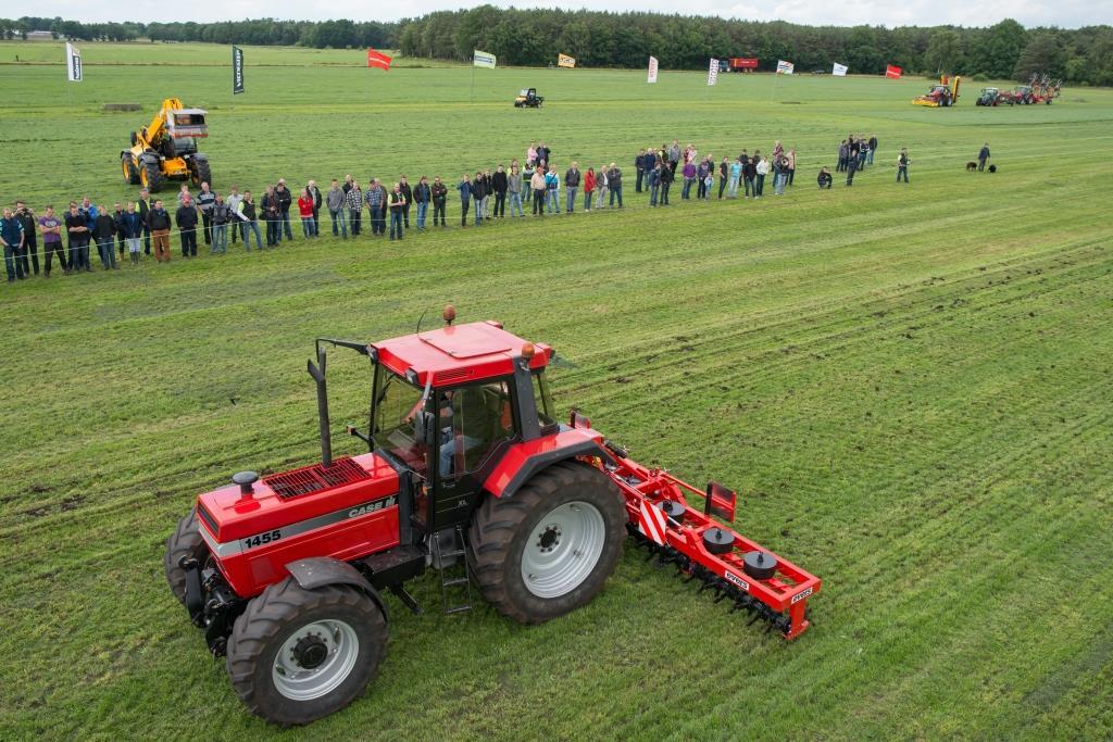 Tweedelig opklapbare graslandbeluchter met 6 meter werkbreedte